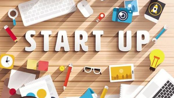 Tech@50: Startups for Mid-Career Professionals Banner Image